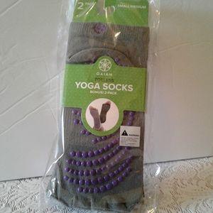 🌺NWT 2 Pair Pack of Gaiam Toeless Yoga Socks